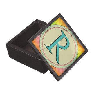 R MONOGRAM PREMIUM KEEPSAKE BOX