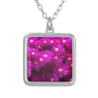 raani flowers square pendant necklace