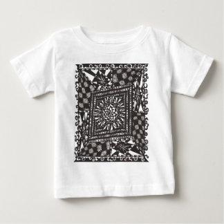 Rabbit Hole Design T-shirt