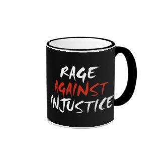 Rabia contra injusticia taza de dos colores