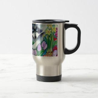 Raccoon and tulips travel mug