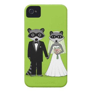 Raccoons Wedding - Cute Bride and Groom iPhone 4 Case