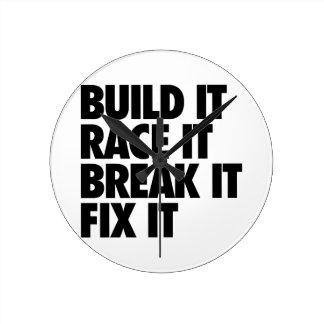 RaceCar Round Clock