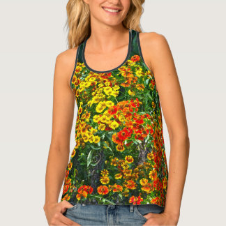 RACERBACK TEE FEATURES RED AND YELLOW ZINNIAS