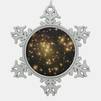 Racimo Abell 1689 de la galaxia Adorno