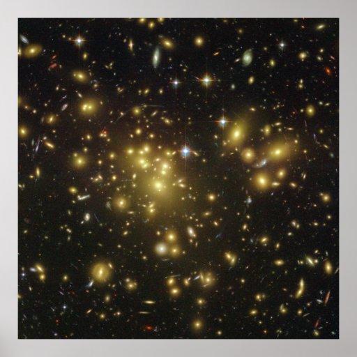 Racimo Abell 1689 de la galaxia en virgo de la con Poster
