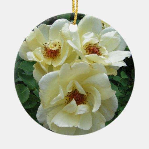 Racimo de flor adorno navideño redondo de cerámica