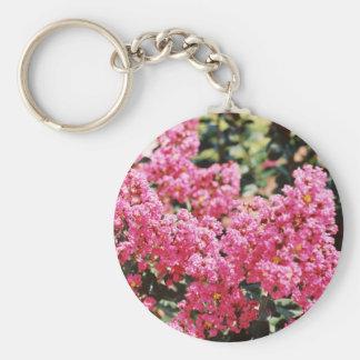Racimo de flores rosadas llavero redondo tipo pin