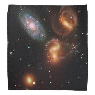 Racimo de la galaxia de la estrella del espacio bandanas
