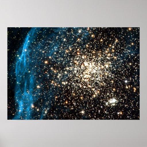 Racimo doble notable de las imágenes de Hubble Póster