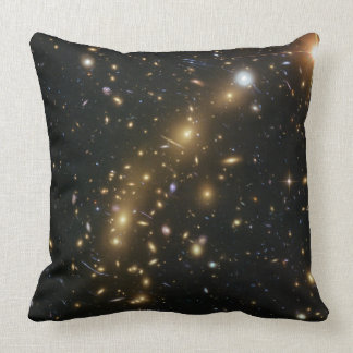 Racimo MCS J0416.1 2403 de la galaxia Cojín