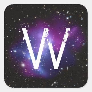 Racimo púrpura con monograma de la galaxia pegatina cuadrada