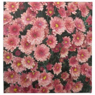 Racimo rosado asombroso del crisantemo servilleta