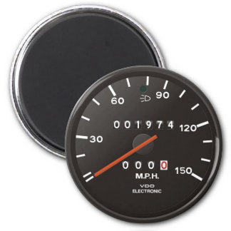 Racing car speedometer, inspired by air-cooled 911 magnets