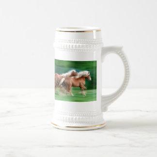 Racing Palomino Horses Beer Stein 18 Oz Beer Stein