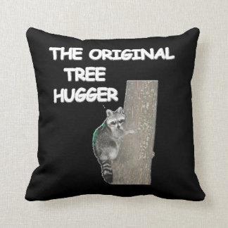 RACOON TREE HUGGER American MoJo Pillow