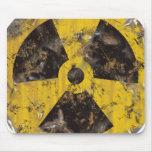 Radiactivo aherrumbrado tapete de raton