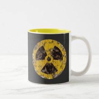 Radiactivo aherrumbrado taza
