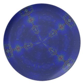 Radiante en azul plato de comida