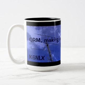 Radio aficionada QRM y taza del indicativo