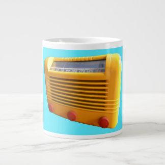 Radio amarilla taza grande