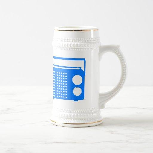 Radio azul fresca taza de café