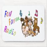Radio de la granja de la diversión alfombrillas de raton