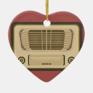Radio del vintage adorno de cerámica en forma de corazón
