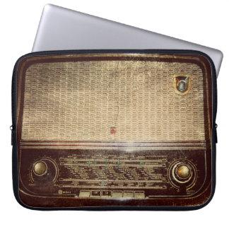 Radio del vintage mangas computadora
