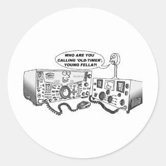 Radio vieja del contador de tiempo pegatina redonda