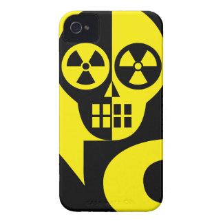 radioactive-154175 radioactive, toxic, poison, dan iPhone 4 cover