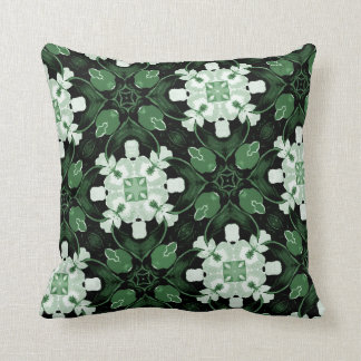Raes Style Pillow 18