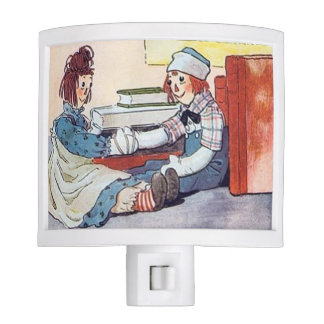 Raggedy Ann & Raggedy Andy Meet for the First Time Night Light