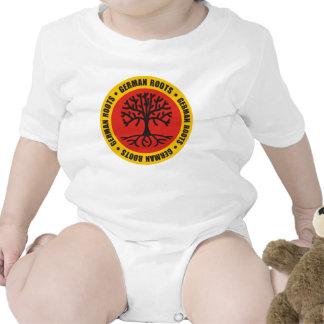 Raíces alemanas traje de bebé