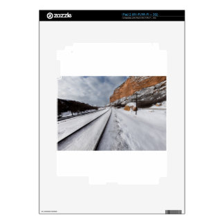 Railroad tracks in the valley decal for the iPad 2