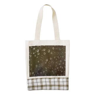 Rain drops on a window macro zazzle HEART tote bag