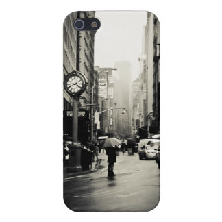 Rain in New York City - Vintage Style Cover For iPhone SE/5/5s