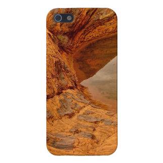 RAIN WATER CAUGHT IN BETWEEN DESERT ROCKS CASE FOR iPhone SE/5/5s