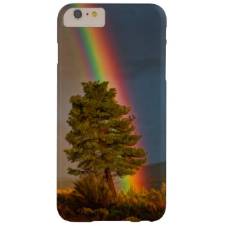 RAINBOW BARELY THERE iPhone 6 PLUS CASE