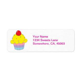 Rainbow Cupcake Label