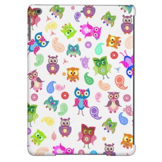 Rainbow owls - light paisley iPad air cases