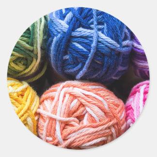 Rainbow yarn classic round sticker
