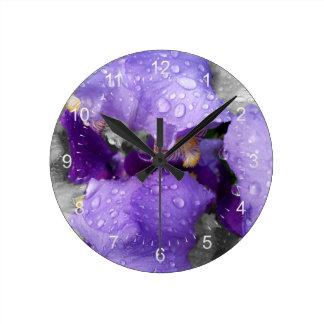 raindrops on iris round clock