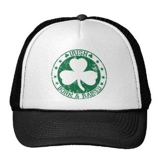 Raised.png llevado irlandés gorras