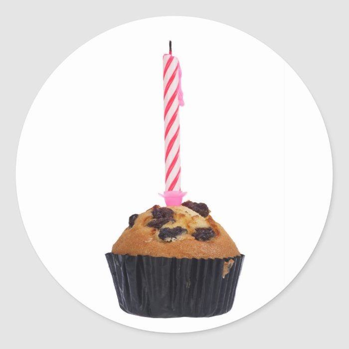 Raisin muffin with candle classic round sticker