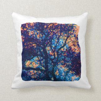 Rama azul anaranjada del extracto del roble almohada