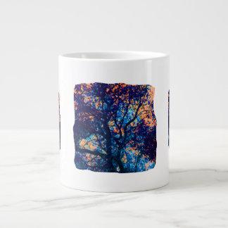 Rama azul anaranjada del extracto del roble taza jumbo
