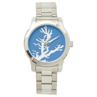 Rama coralina - blanco en azul de cobalto reloj
