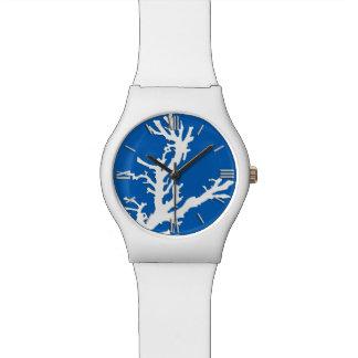 Rama coralina - blanco en azul de cobalto reloj de mano