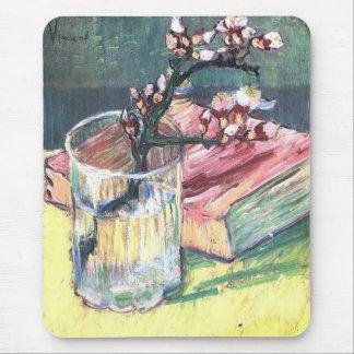 Rama floreciente de la almendra… por Vincent van G Tapete De Ratones